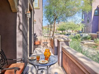 Townhome in Phoenix w/ Community Pool & Amenities!
