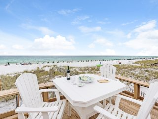 Luxury Beachfront Home 4BR/3BA/Private Beach