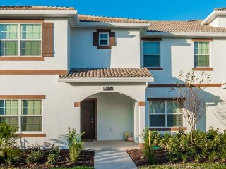 Champions Gate Resort - 5BD/4BA Town House - Sleeps 13 - Platinum