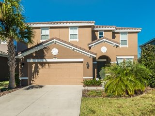 Solterra Resort - 6BD/4BA Pool Home - Sleeps 14 - Platinum
