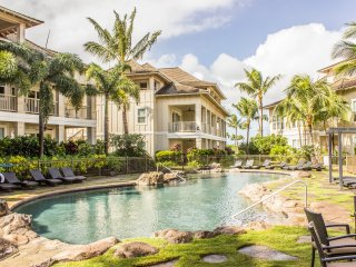 Luxury 3BR/3BA Villa with Resort Style Pool and A/C - Short Walk to Beaches