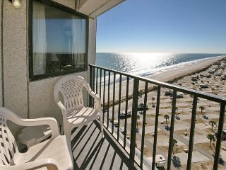 Lovable Condo with Stunning View of Ocean at Myrtle Beach Resort