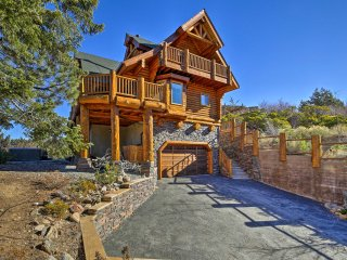 Big Bear House w/ Hot Tub & View of Bear Mountain!
