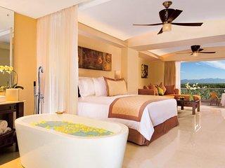 Junior Suite available for rent Dreams Hotel Nuevo Vallarta