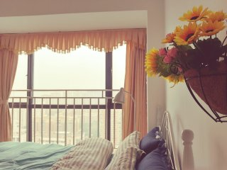 cosy charming bedroom in Nanshan 3m walk to metro1/ near shenzhen bay custom