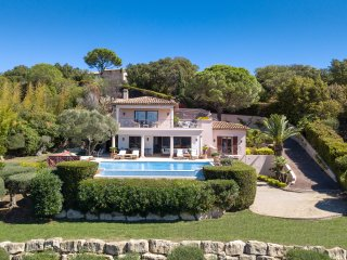 Luxury Villa to Rent in St Tropez