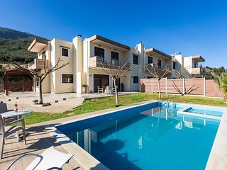 Private pool★Sea view★ BBQ & Wifi