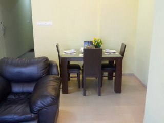comfy 2 bhk near bombay exhibition goregan east