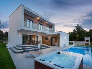 Private accommodation - villa Tar 9680 Holiday house