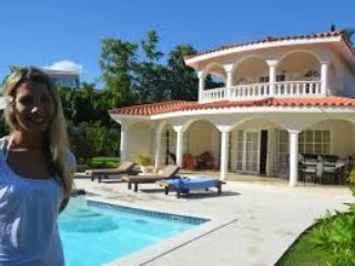 Beautiful 6-Bedroom Caribbean Villa,  V. I. P. with private swimming pool for u.