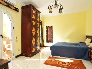 Cheap Studio in Hurghada, only 150m sea (centrum - El Dahar)