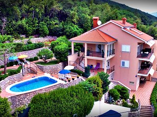 VILLA ADORE - Apartment 1