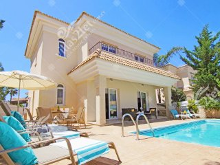 Cyprus Holiday Villa ALYSON Profile