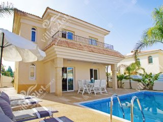 Cyprus Holiday Villa SAMANTHA Profile