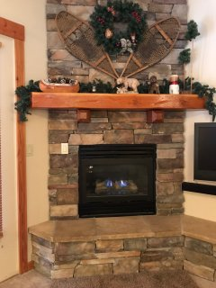Cozy gas fireplace!