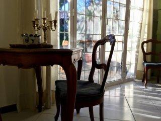 La Pergola, bilocale in villa con giardino a 350 mt dal mare
