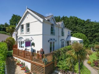 8- bed Luxury House in Beautiful Lyme Regis Dorset