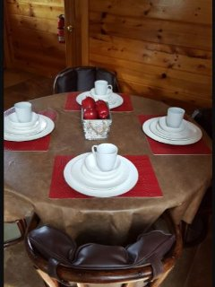 Breakfast table seats 4. Leather seating