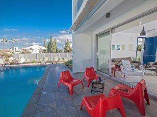 Cyprus Celebrity Villa HollyOaks 1 Platinum