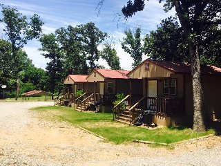 Angler's Hideaway Cabins on Lake Texoma Cabin 1