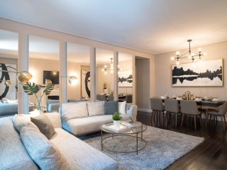Ultra Luxurious 3Bed apt 5th Ave