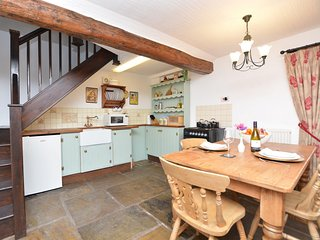 46035 Cottage in Leek