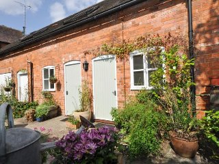 HOLLH Cottage in Tewkesbury