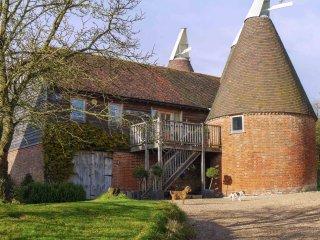 BT018 House in Sandhurst