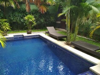 LEGIAN - 3 Bedroom - 3 Bathroom Villa - Close to Beach - Heart Legian - kubukubu