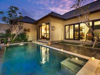2 Bedroom Villa with 180 Degrees View near Uluwatu;