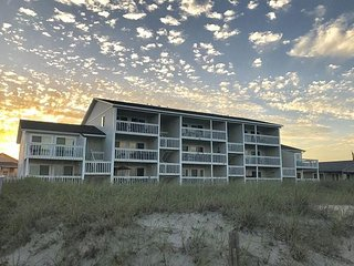 A majestic view, close to the Carolina Beach Boardwalk. Newly renovated