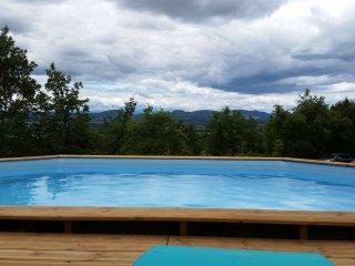 Trés joli Mazet avec piscine et vue sur les Cevennes