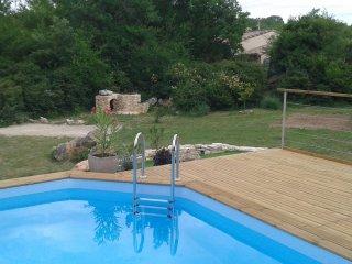 Tres joli Mazet avec piscine et vue sur les Cevennes