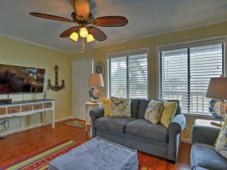 Cozy Panama City Beach Condo: <1 Block to the Gulf