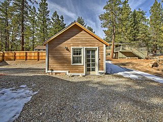 NEW! Big Bear Lake Studio Cabin - Walk to Lake!