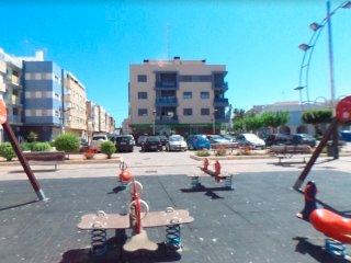 Vistas del efificio desde la plaza contigua