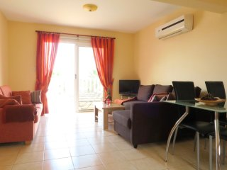 Alexia Apartment - Central Ayia Napa - 1 bed sleeps 4 with communal pool