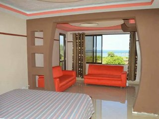 Spacious rooms with balcony sea view