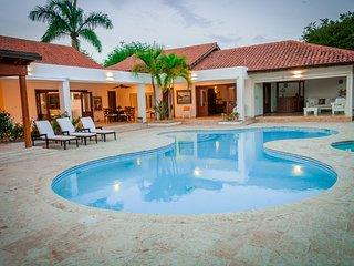 Esplendida Villa con Vista al Campo de Golf