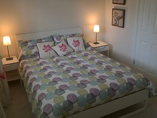 Abi's Apartment with heated indoor pool, wifi & parking, Beverley East Yorkshire