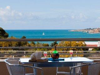 Quinta de Barracuda with Panoramic Sea Views.  Location...location...location