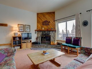 Buffalo Ridge Condo with Great Views, Wifi, Fireplace, Clubhouse