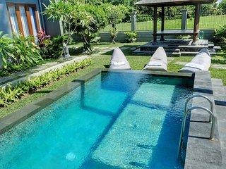 3BR Private Villa Tanah Lot Bali Sunrise