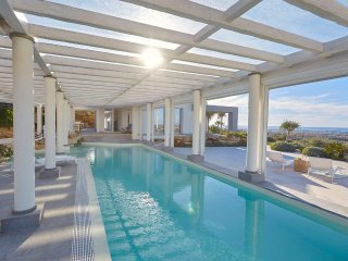 Villa with covered pool near Marsala