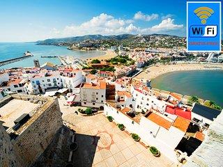 Bonito Atico  alquiler en Edificio Costa-Peñiscola WIFI, piscina común y Parking