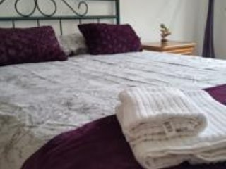 Double room, with another small bed of 0.90 or option to put crib. Chilout balcony area ext