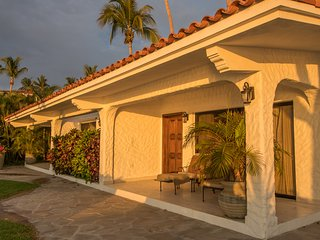 Casa Mi Corazon - Beautiful 6 bedroom villa on the beach.
