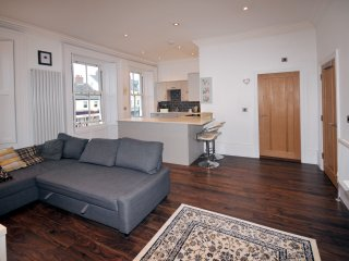 Fabulous standard apartment ideally situated in the Heart of Tynemouth Village