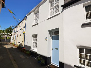 TRQCT Cottage in Appledore