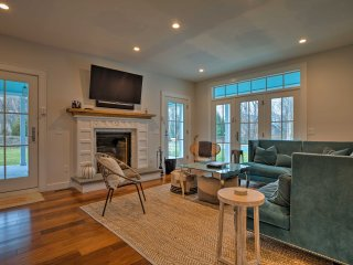 Sag Harbor Home w/ Pool - 5 Mins to Downtown!